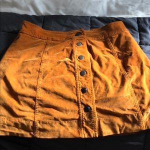 Madewell suede skirt in GREAT condition
